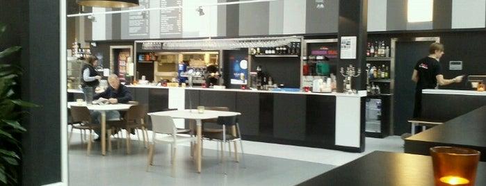 Café Le Rouge is one of Joakim 님이 좋아한 장소.