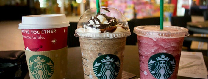 Starbucks is one of Lugares favoritos de Hey.