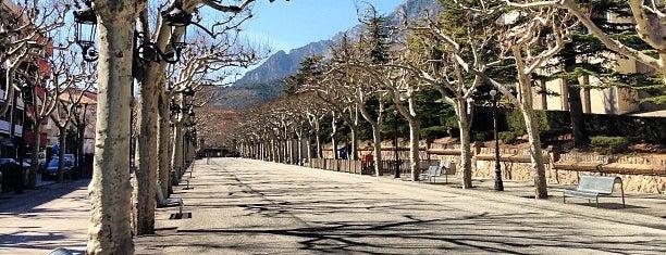 Passeig De La Industria is one of Lugares favoritos de Ivan.