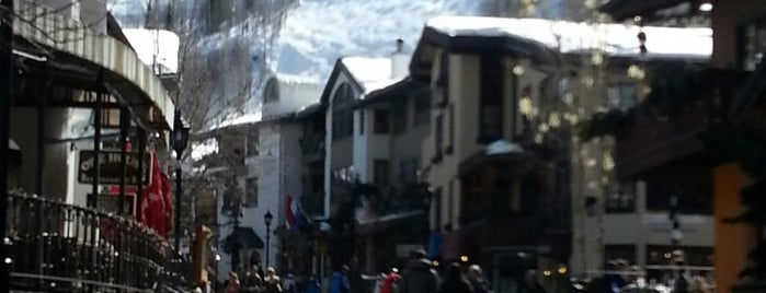 Vail Village is one of Locais curtidos por Erik.