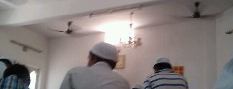 Masjid khadijatul kubra is one of Orte, die Yunus gefallen.