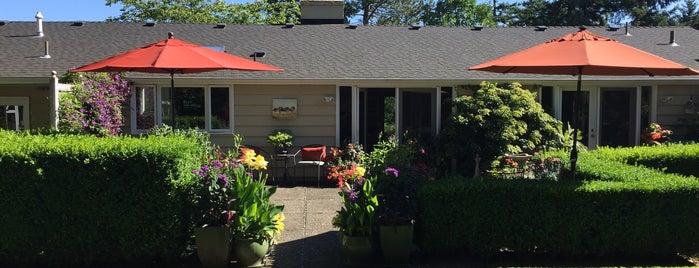 Burlingame Neighborhood is one of Neighborhoods of Portland.