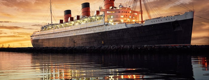 The Queen Mary is one of Orte, die Andy gefallen.