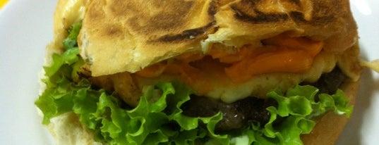 Mega Burger is one of Orte, die Manu gefallen.