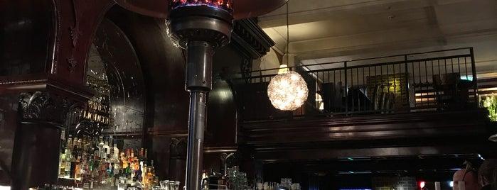 Grand Bar is one of Tempat yang Disukai Sol.
