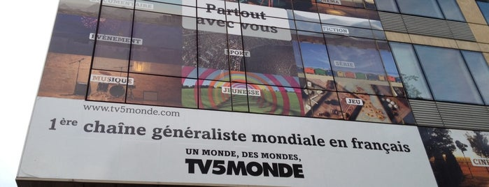 TV5 Monde is one of Chaînes TV.
