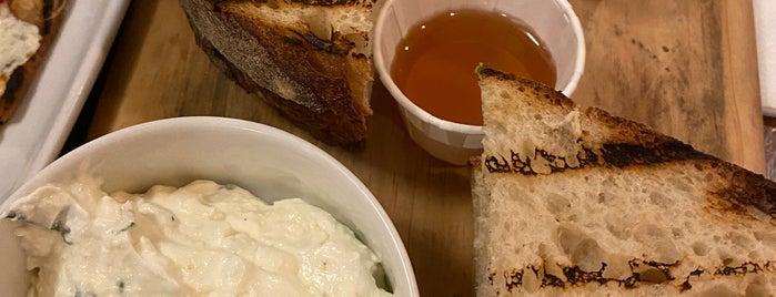 White Maple Café is one of Posti che sono piaciuti a Caroline.