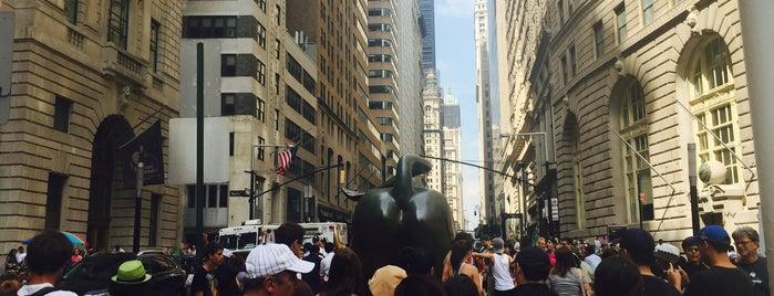 Charging Bull is one of Tempat yang Disukai S.