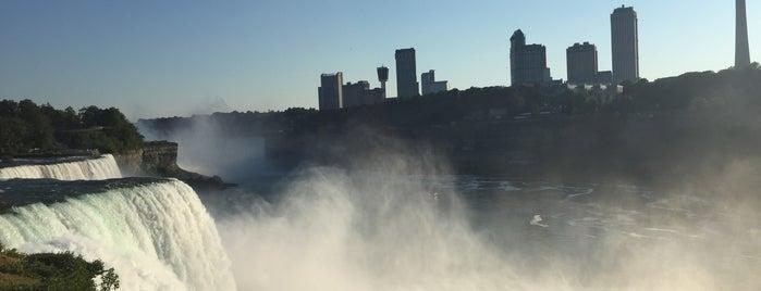 Niagara Falls (American Side) is one of Tempat yang Disukai S.
