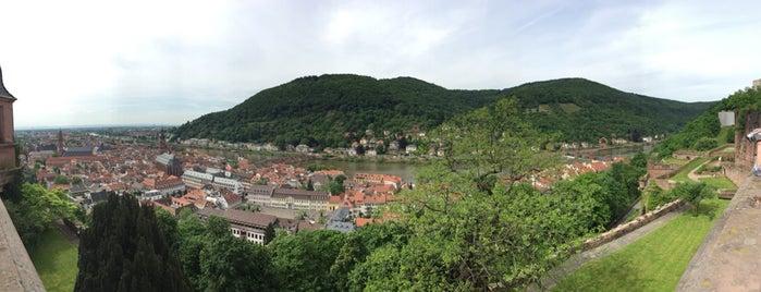 Heidelberger Schloss is one of Tempat yang Disukai S.