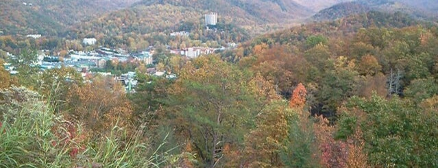 Gatlinburg Overlook is one of Colin'in Beğendiği Mekanlar.