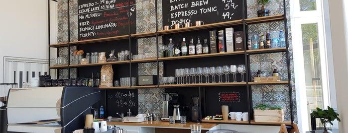 Kafe Na Střelnici is one of Kde si pochutnáte na kávě doubleshot?.