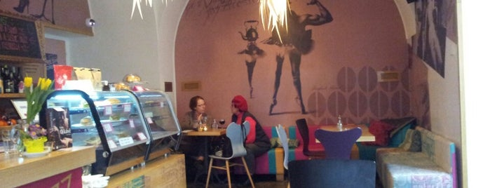Jazz Fresh Café is one of Eva'nın Beğendiği Mekanlar.