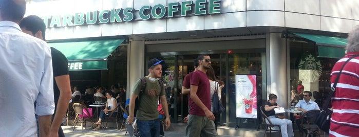 Starbucks is one of İstanbul'da En Çok Check-in Yapılan Mekanlar.