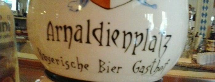 Arnaldienplatz Bayrische Bier Gasthof is one of Serdar😋'ın Kaydettiği Mekanlar.