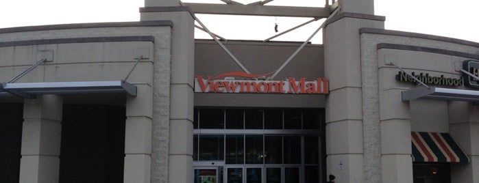 Viewmont Mall is one of Locais salvos de leoaze.