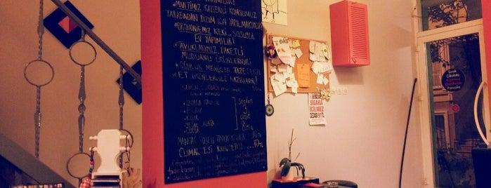 Füme Cafe is one of สถานที่ที่ Onur ถูกใจ.