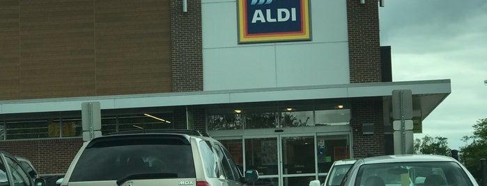 ALDI is one of Paul'un Beğendiği Mekanlar.