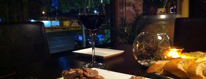 Umurbey Winehouse is one of Best Wine Bars in Turkey.