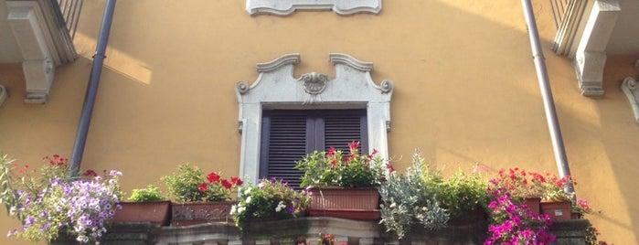 Fermata ATM Via Vigevano / Viale Gorizia [9] [10] is one of Yunusさんのお気に入りスポット.