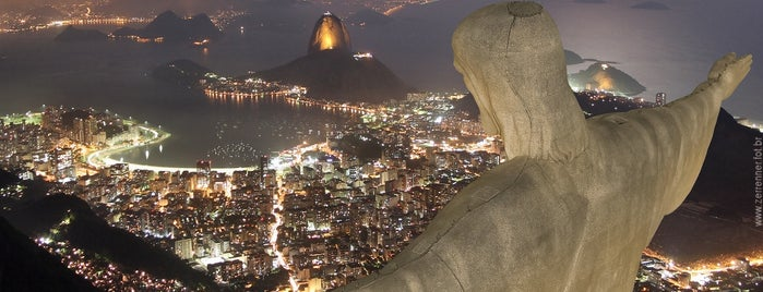 Cristo Redentor is one of Locais curtidos por NUCRO.