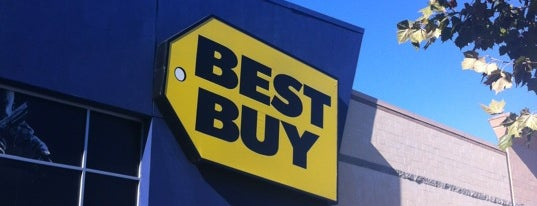 Best Buy is one of Orte, die Alberto J S gefallen.