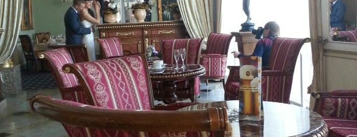 Hotel Grand Palace is one of Elena: сохраненные места.