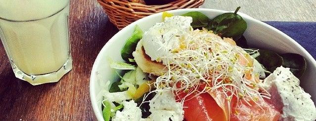 La Chambre aux Oiseaux is one of Healthy & Veggie Food in Paris.