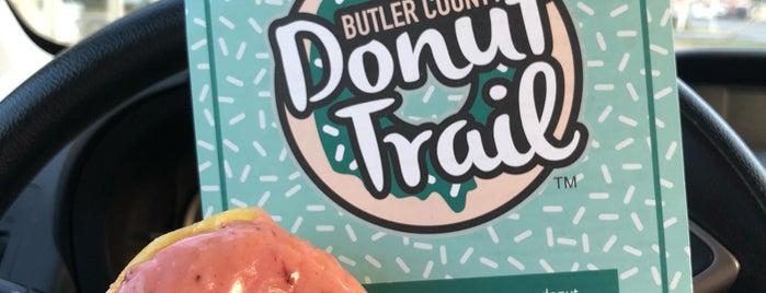 jupiter coffee & donuts is one of Katie'nin Beğendiği Mekanlar.