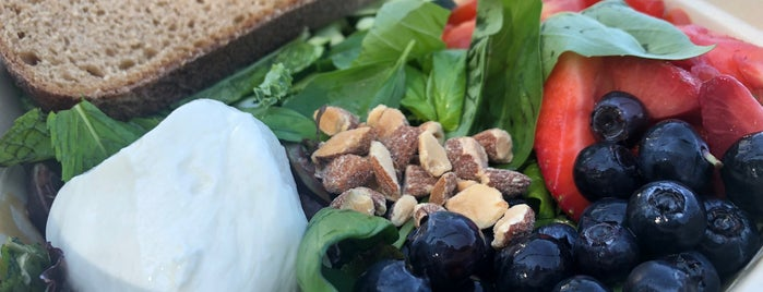 sweetgreen is one of Salad Bar.