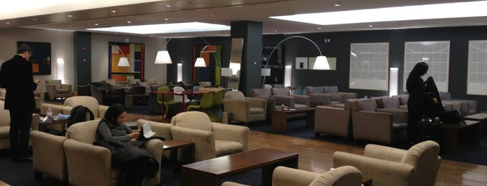 British Airways Galleries Lounge is one of Tempat yang Disukai Sam.