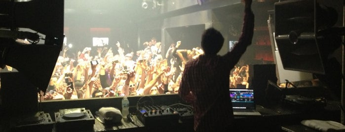 The Mid is one of Best Nightclubs around the globe.