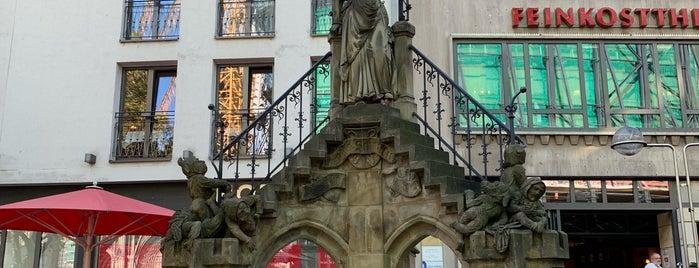 Heinzelmännchenbrunnen is one of Cologne.