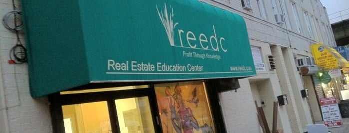 Real Estate Education Center (REEDC) - Brooklyn is one of Lugares favoritos de Patrick.