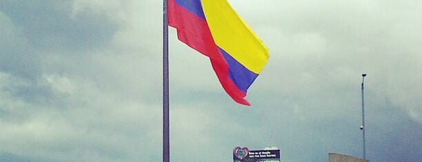 Ministerio De Defensa Nacional Fuerzas Militares Colombia is one of Pavel 님이 좋아한 장소.