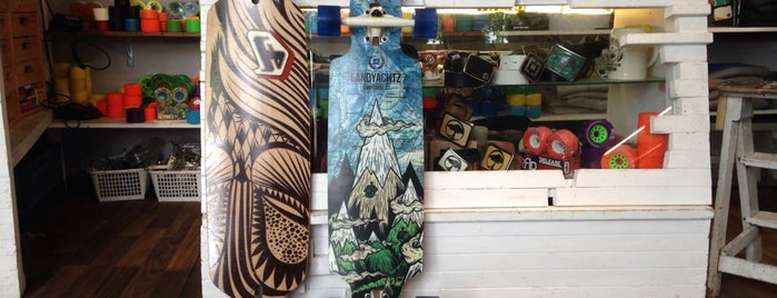 UrbanBoarding Longboard und Skateboard Shop is one of Berlin Consum.