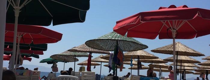 Nağme Beach is one of Tempat yang Disukai Deniz.