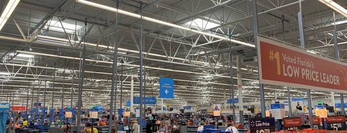 Walmart Supercenter is one of Kris : понравившиеся места.