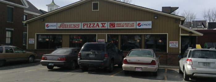 Athens Pizza & Family Restaurant is one of Lugares favoritos de Michelle.
