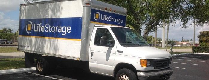 Life Storage is one of Lugares guardados de Darrell.
