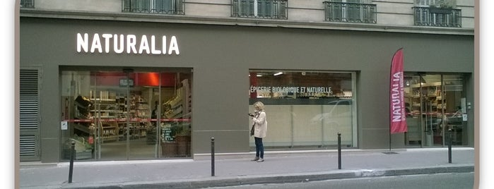 Naturalia is one of Paris.