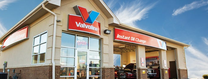 Valvoline Instant Oil Change is one of Locais curtidos por Karl.