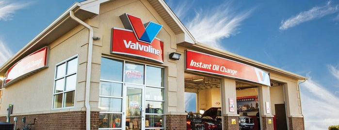 Valvoline Instant Oil Change is one of Posti salvati di Beth.