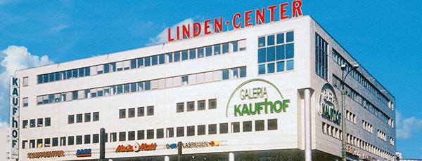 Galeria Karstadt Kaufhof is one of Joud's Liked Places.
