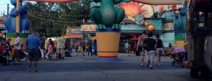 Chester & Hester's Dinosaur Treasures is one of Walt Disney World.