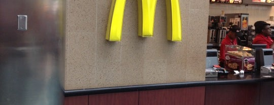 McDonald's is one of Lieux qui ont plu à Lindsaye.