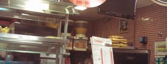 Supermercado Zona Sul is one of Orte, die Cristina gefallen.