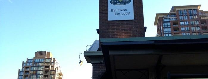 Park City Foods is one of สถานที่ที่ Christina ถูกใจ.