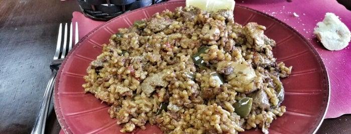Lola's Gourmet is one of Posti che sono piaciuti a Christian.