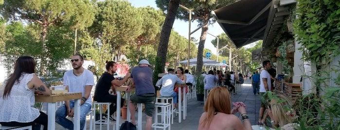 MO.WA Caribbean Bar and Restaurant is one of marina di Ravenna.